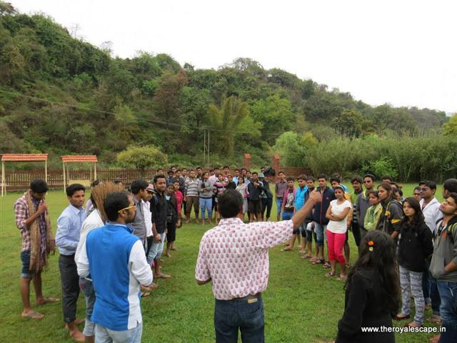 The Royal Escape - swachh bharat abhiyaan initiative - offbeat travel facilitators - plan your trip (1).jpg