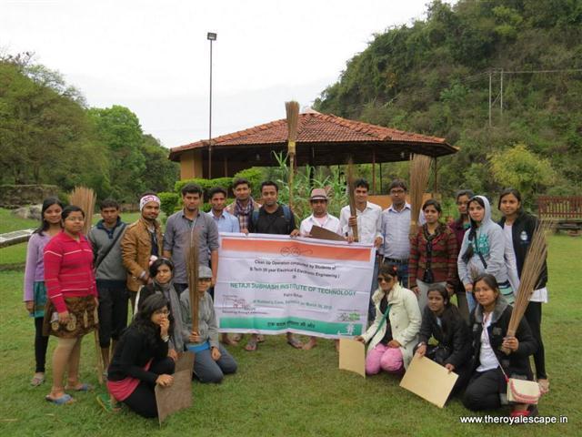 The Royal Escape - swachh bharat abhiyaan initiative - offbeat travel facilitators - plan your trip (3).jpg